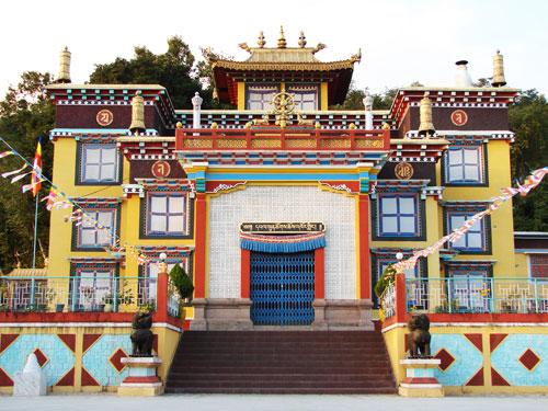Monastere-Khampagar-Monastery-lebiomonde